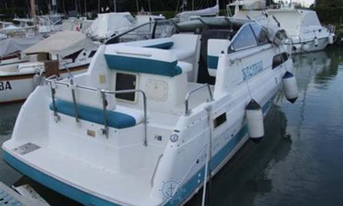 Image of Bayliner Ciera 2655 Sunbridge for sale in Italy for €22,000 (£19,271) Toscana, Italy
