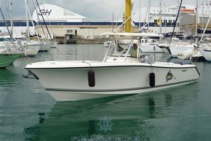 Pursuit C 310 Center Console for sale in Italy for €110,000 (£95,666)