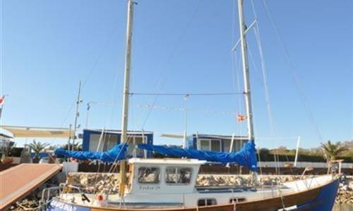 Image of Northshore Fisher 30 for sale in Italy for €32,000 (£28,547) Italy