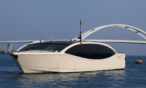Image of Acury MY 15 Lake for sale in United Arab Emirates for $528,000 (£401,228) United Arab Emirates