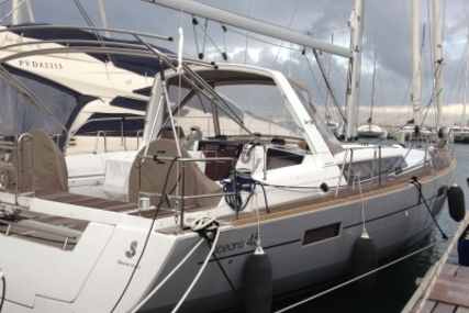 Beneteau Oceanis 45 for sale in France for €277,000 (£247,114)