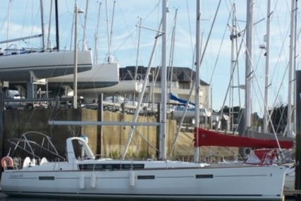Beneteau Oceanis 45 Shallow Draft for sale in France for €219,000 (£195,525)