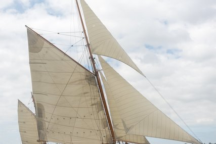 Classic Yawl for sale in Netherlands for €1,450,000 (£1,276,386)
