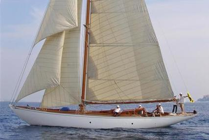 Alfred Mylne William Fife build Bermudian Cutter for sale in France for €625,000 (£550,166)