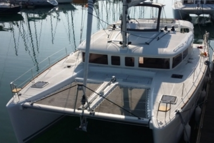 Lagoon 450 for sale in Italy for €390,000 (£347,795)