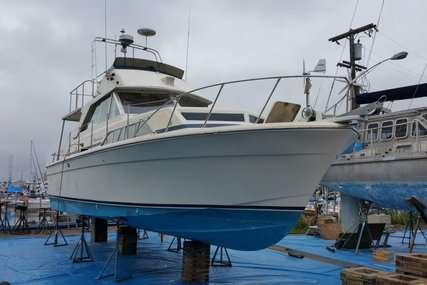 Chris-Craft Catalina 33 for sale in United States of America for $18,000 (£13,619)