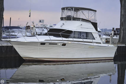 Silverton 34 Convertible for sale in United States of America for $11,000 (£8,256)