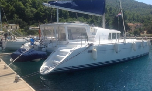 Image of Lagoon 440 for sale in Portugal for €315,000 (£274,653) LISBON, Portugal