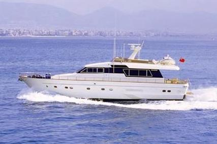 Sanlorenzo 70 for sale in Italy for €200,000 (£178,422)