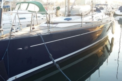 Dufour 40 Performance for sale in Portugal for €110,000 (£98,393)