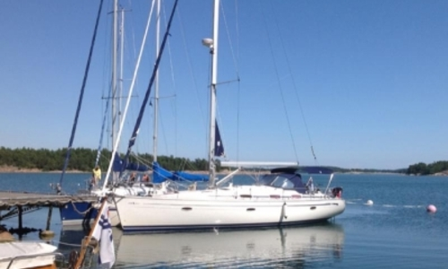 Image of Bavaria 42 Cruiser for sale in Portugal for €98,000 (£86,009) Portugal