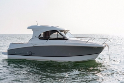 Beneteau Antares 8 for sale in France for €112,000 (£97,477)