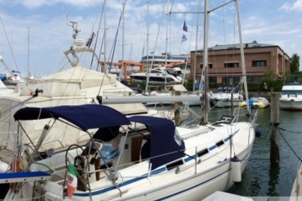Bavaria Bavaria 34 Cruiser for sale in Italy for €45,000 (£39,875)