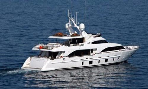 Image of Benetti 105 for sale in United Arab Emirates for €6,850,000 (£5,986,349) United Arab Emirates