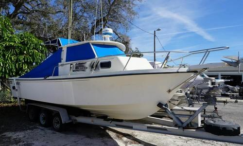 Image of Parker Marine 2520 Pilothouse for sale in United States of America for $33,500 (£26,270) Saint Petersburg, Florida, United States of America