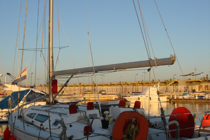 Jeanneau Sun Fast 40 for sale in Spain for €120,000 (£106,633)