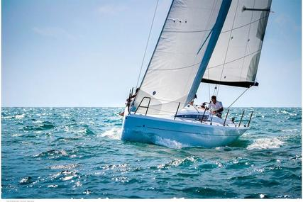 Italia 9.98 YACHTS FUORISERIE  9.98 fuoriserie for sale in Italy for €145,000 (£129,327)