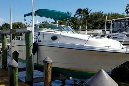 Rinker 265 Fiesta Vee for sale in United States of America for $13,500 (£10,134)