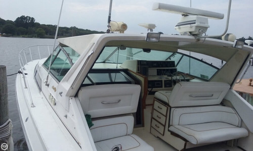 Image of Sea Ray 390 EC for sale in United States of America for $23,500 (£18,784) Oakdale, New York, United States of America