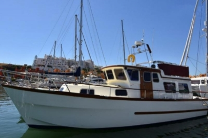 Colvic 38 Trawler for sale in Portugal for €110,000 (£97,010)