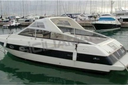 Ilver Duke 34 for sale in Italy for €45,000 (£39,340)