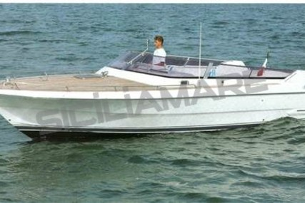 Ilver Duke 31 for sale in Italy for €50,000 (£43,711)