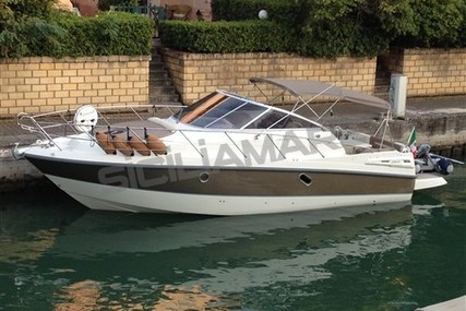 Cranchi Zaffiro 32 for sale in Italy for €72,000 (£63,753)