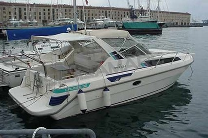 Cranchi Cruiser 32 for sale in Italy for €32,000 (£28,565)