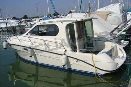 Intermare 800 for sale in Italy for €73,000 (£64,268)