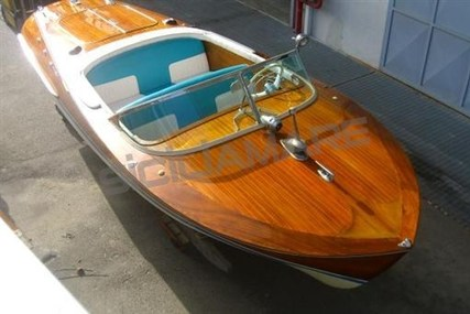 Riva Ariston for sale in Italy for €68,000 (£59,517)