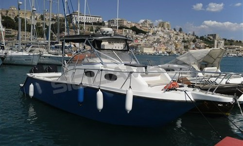 Image of Mako 293 Walkaround for sale in Italy for €55,000 (£48,270) Italy