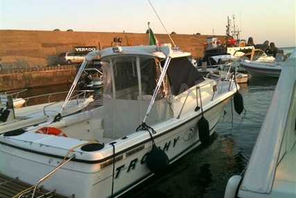 Bayliner Trophy 2352 WA for sale in Italy for €28,000 (£24,685)