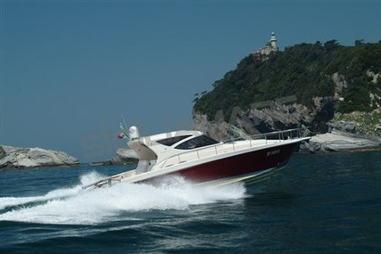 Cayman 43 Walkabout for sale in Italy for €140,000 (£123,615)