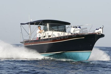 PARISI Ponza 900 for sale in Italy for €80,000 (£70,431)