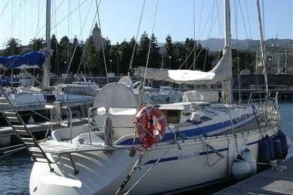 Bavaria 38 for sale in Italy for €49,000 (£42,840)