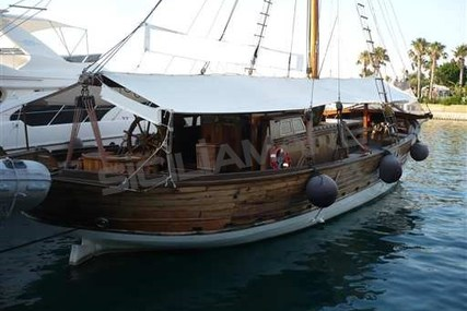 Cantiere di Lavagna Barca d'Epoca for sale in Italy for €95,000 (£84,719)