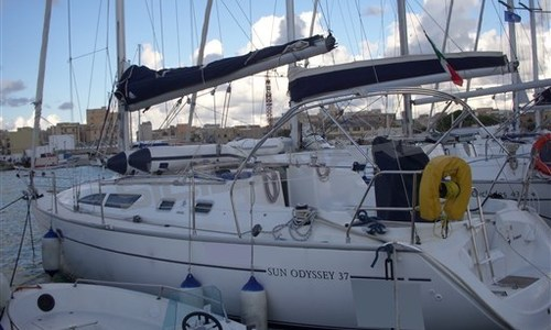 Image of Jeanneau Sun Odyssey 37 for sale in Italy for €57,000 (£51,182) Sicilia, Italy