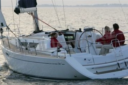 Jeanneau Sun Odyssey 36i for sale in Italy for €68,000 (£60,255)