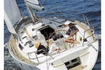 Jeanneau Sun Odyssey 42.1 for sale in Italy for €60,000 (£52,823)