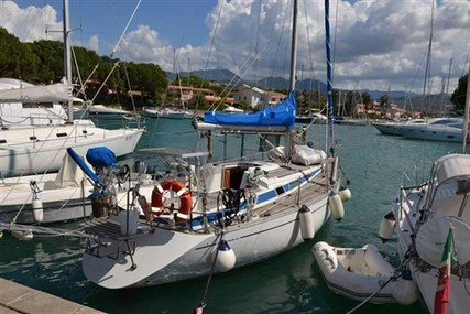 Cantiere Del Pardo Grand Soleil 343 for sale in Italy for €45,000 (£39,618)