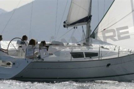 Jeanneau Sun Odyssey 32i for sale in Italy for €59,000 (£52,505)