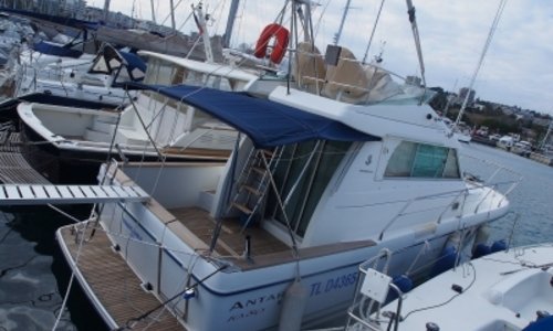 Image of Beneteau Antares 10.80 for sale in France for €99,000 (£87,556) ANTIBES, France
