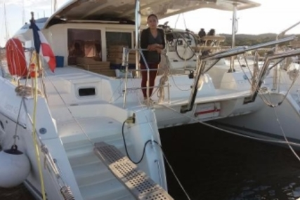 Lagoon 421 for sale in France for €375,000 (£329,766)