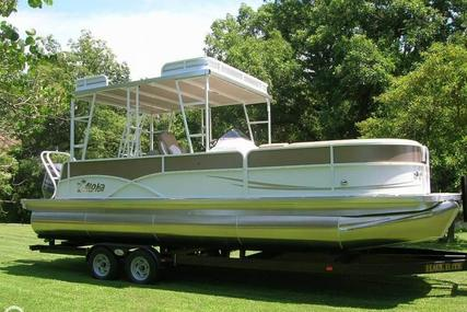 Aloha 260 TT (Tri-Toon) SD (Sun Deck) for sale in United States of America for $54,999 (£41,284)