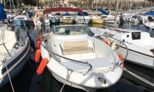 Image of Beneteau Flyer 650 WA for sale in France for €15,000 (£13,288) CANNES, France