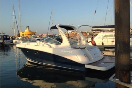 Four Winns Vista 298 for sale in Portugal for €84,000 (£74,993)