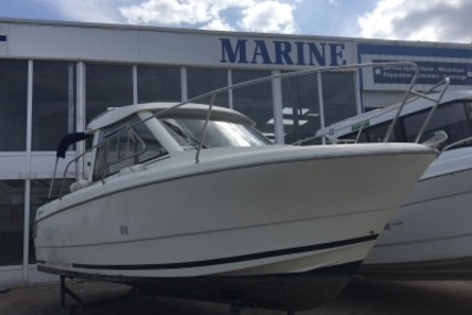 Jeanneau Merry Fisher 645 for sale in France for €31,500 (£28,231)