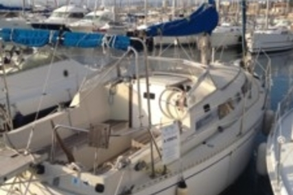 Beneteau Idylle 8.80 for sale in France for €21,500 (£19,176)