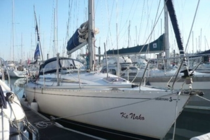 Beneteau First 375 for sale in France for €42,000 (£37,460)