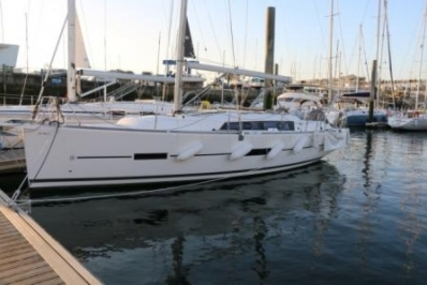 Dufour 382 Grand Large for sale in France for €159,000 (£142,499)